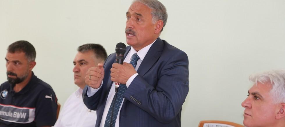 Başkan Özkan Atasanayi Sitesi Esnafıyla