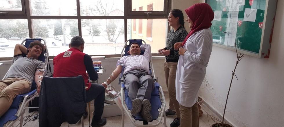 Faik Şahenk Meslek Lisesinden Afrin Mehmetçiklerine Kan Bağışı