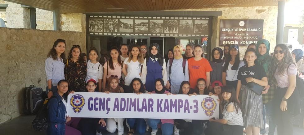 """İL EMNİYET MÜDÜRLÜĞÜNDEN """"GENÇ ADIMLAR KAMPA-3 """" PROJESİ"""