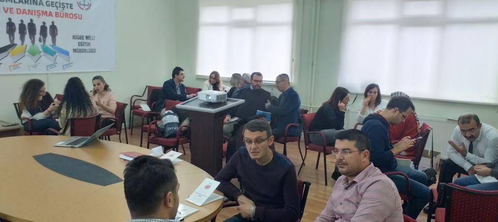 NİĞDE'DE KARİYER KOÇLUĞU EĞİTİCİLERİN EĞİTİMİ BAŞLADI