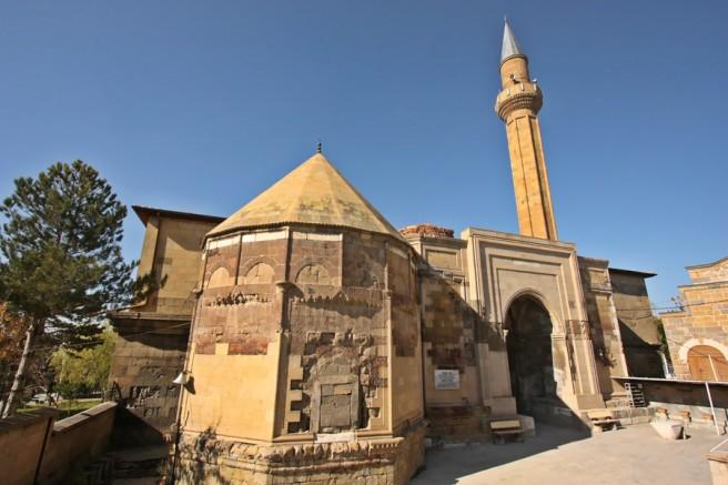 Sungurbey Cami Restorasyon Çalışması İçin İbadete Kapatılıyor