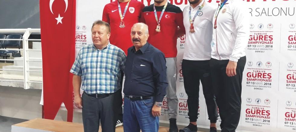 Türkiye Üniversiteler Güreş Şampiyonası yapıldı