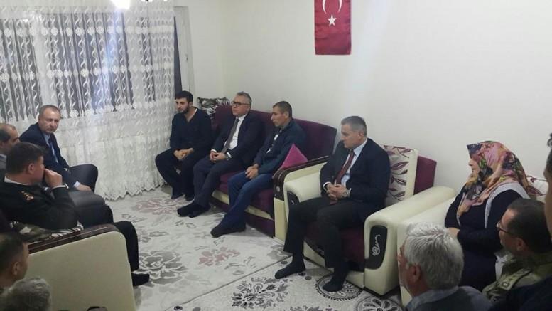 Vali Şimşek'ten Afrin'de Yaralanan Askeri Ziyaret Etti