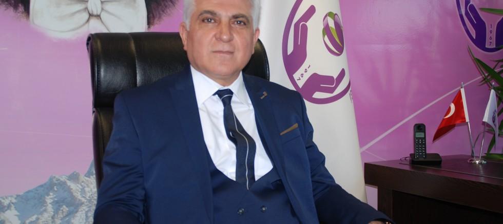 YEŞİL, 'YENİ AÇIKLANAN EKONOMİK PROGRAM'I OLUMLU BULUYORUZ'